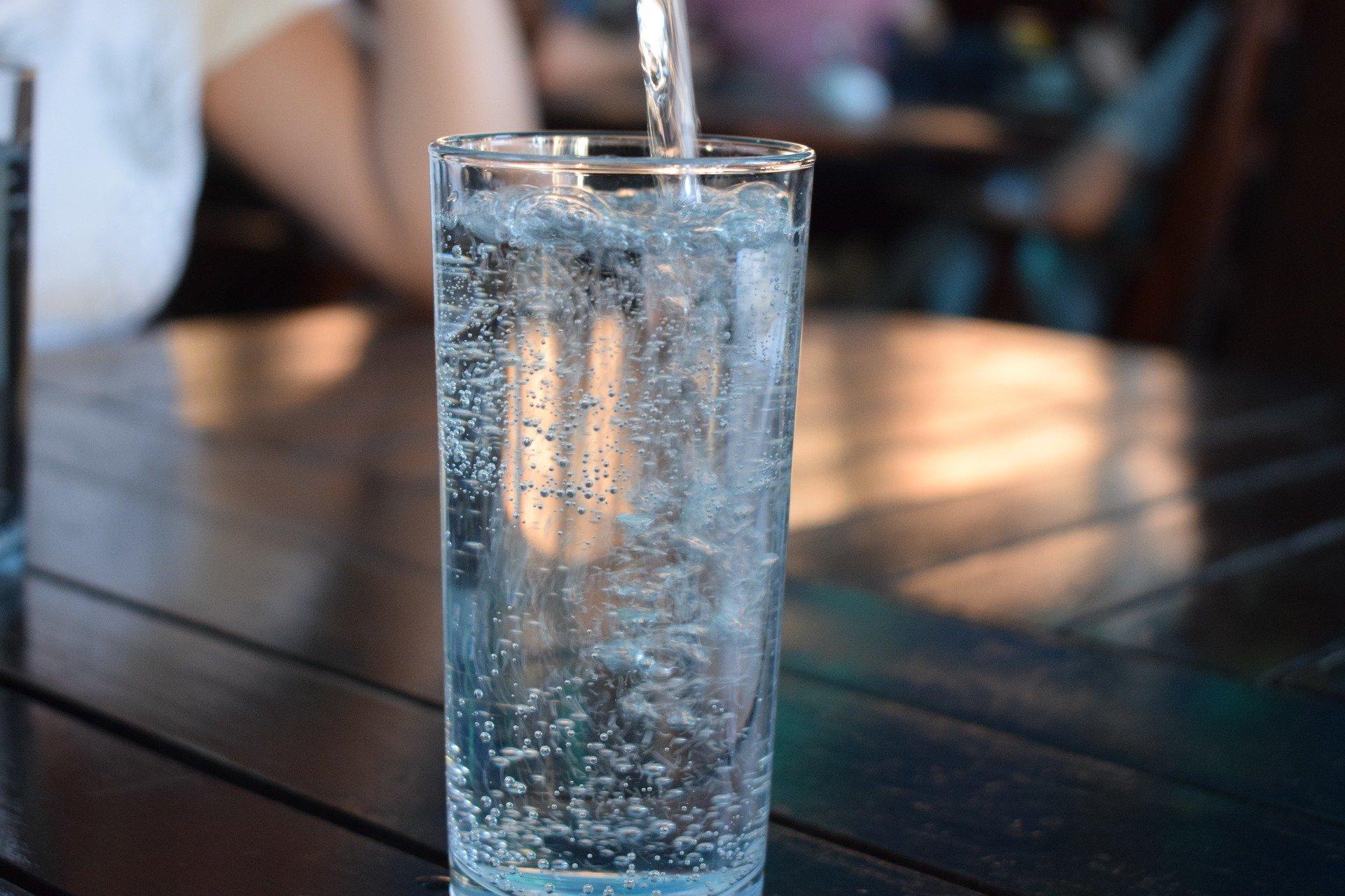 「お水」をこまめに摂りましょう