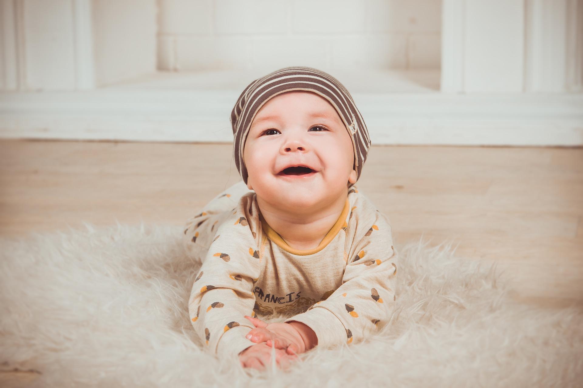 笑顔はストレス耐性を上げてくれる